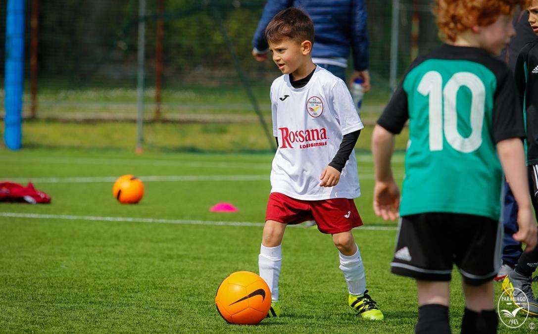 parabiago-calcio-piccoli-amici-2012-vs-castellanzese_00039