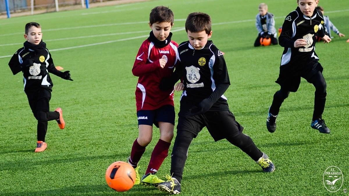 parabiago-calcio-primi-calci-2010-sq-rossa-vs-legnarello_00010