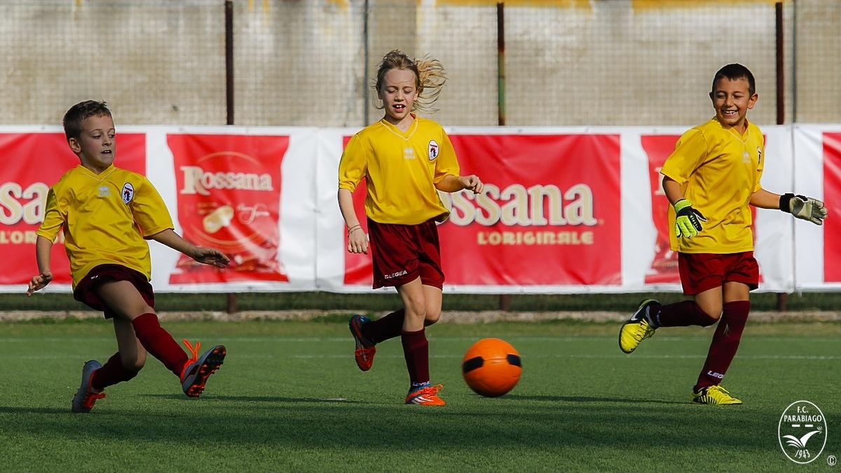 parabiago-calcio-primi-calci-2011-rossi-2018-10-20_00012