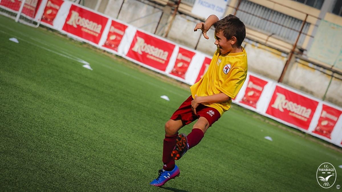 parabiago-calcio-primi-calci-2011-rossi-2018-10-20_00014