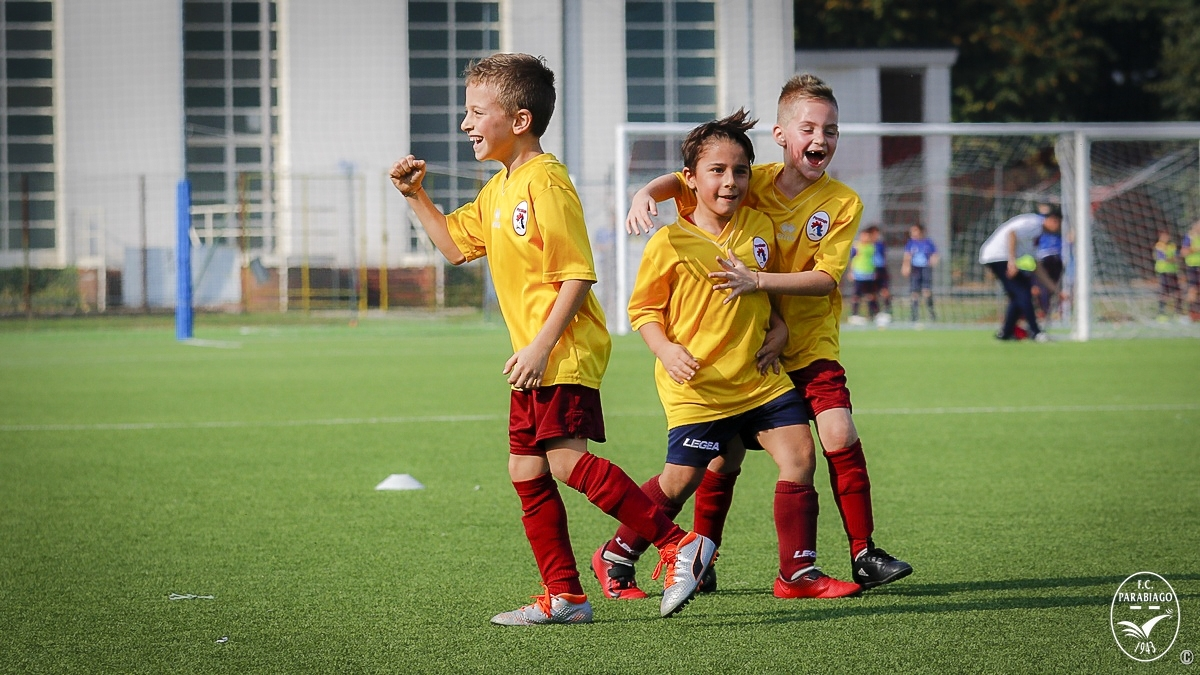 parabiago-calcio-primi-calci-2011-rossi-2018-10-20_00022