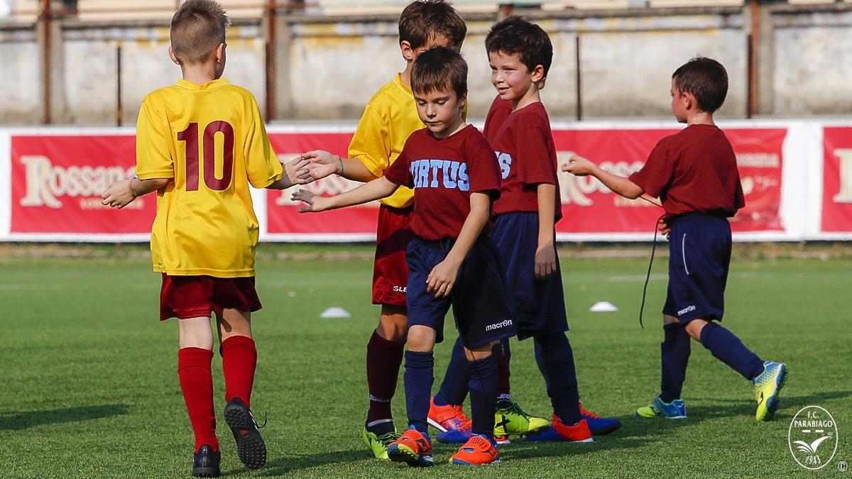 parabiago-calcio-primi-calci-2011-rossi-2018-10-20_00025
