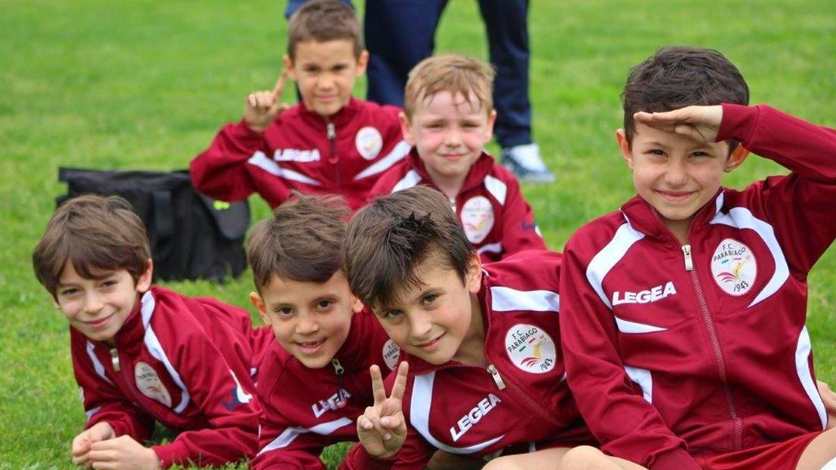 parabiago-calcio-2012-gialli-torneo-villa-cortese