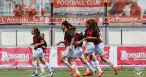 parabiago-calcio-2009-vs-a-c-milan-femminile
